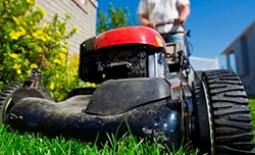 Как собрать газонокосилку своими руками, используя двигатели от бытовой техники
