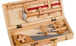 Примеры и схемы сборки фанерного ящика для инструментов