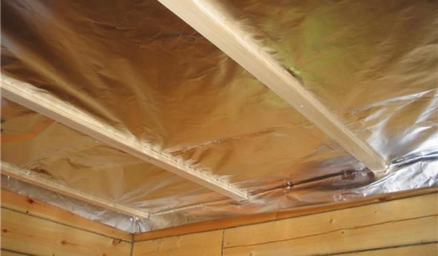 Как утеплить потолок в бане