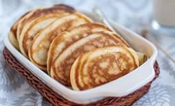 Оладьи, приготовленные на ряженке, – неповторимый вкус топленого молока