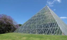 Теплица пирамида: секреты конструкции, тонкости сборки своими руками