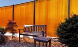 Мастерим своими руками: забор из поликарбоната