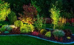 Освещение современного сада. 5 идей для создания сказки