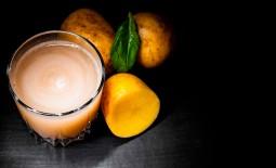 Картофельный сок: использование, положительное и отрицательное влияние на организм