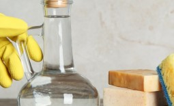 10 вещей, которые нельзя чистить уксусом