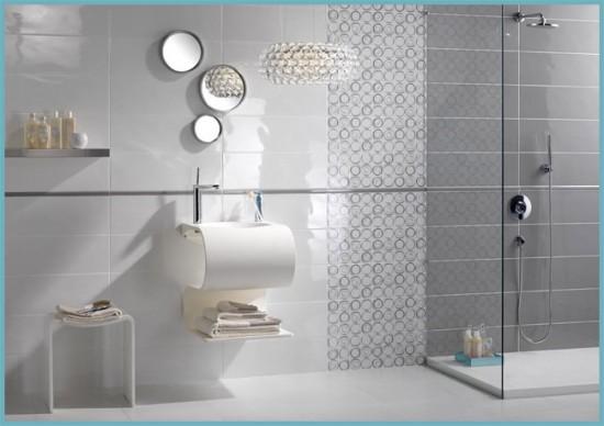 преимущества плитки для ванной