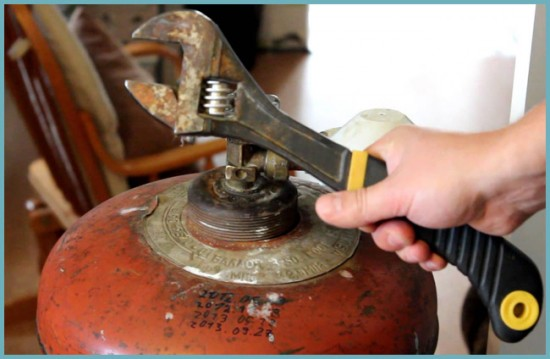 как сделать мангал из газового баллона