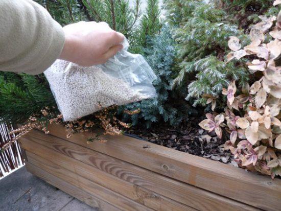 жидкая мочевина удобрение применение на огороде