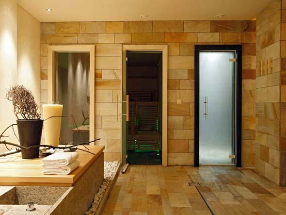 Стеклянные двери для бани
