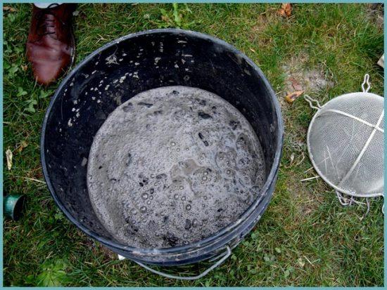 как использовать золу для сада
