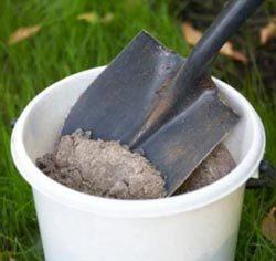 Зола в садоводстве