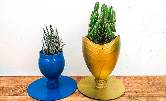 пластиковый горшок для цветов