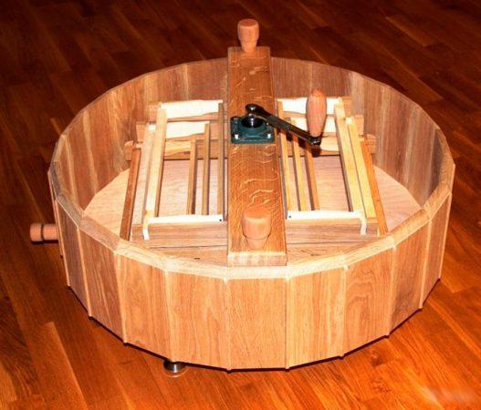 деревянная медогонка