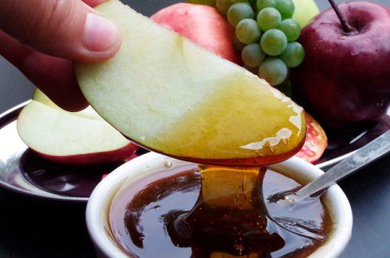 польза меда с фруктами