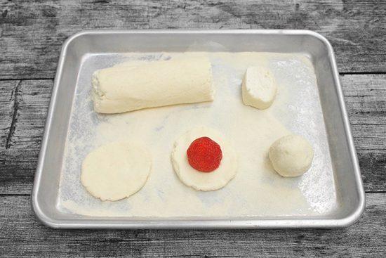 блюда с клубникой