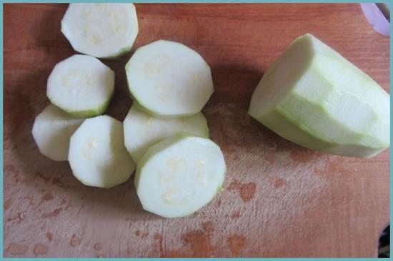 как порезать кабачки для консервации