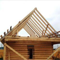 Двухскатная крыша дома